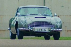 L'Aston Martin DB5 de 007 à vendre aux enchères !