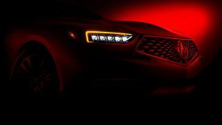 New York 2017:  Acura TLX en mode teaser