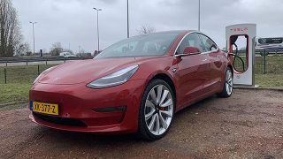 Essai Tesla Model 3 Performance