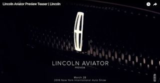 New York 2018, Lincoln tease son 2019 Aviator