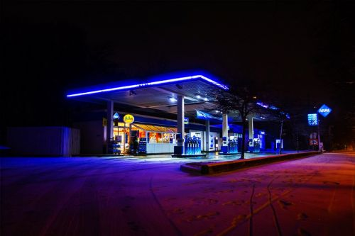Gas Station (412)