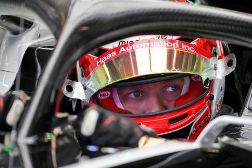 Magnussen 'really wants to stay' at Haas beyond 2020