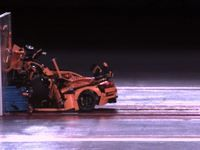 Insolite:  un crash-test de Porsche 911 GT3 RS. en Lego