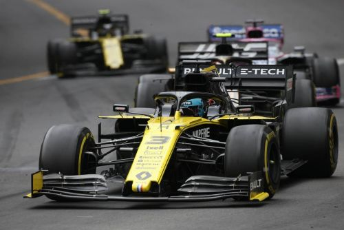 Ricciardo sees 'substance' behind Renault's bright outlook