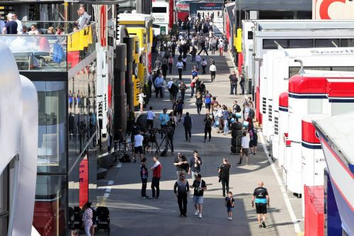 Brawn in favour of ridding F1 of 'gin palace' motorhomes