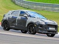 Le crossover Ford Puma mord le Nürburgring