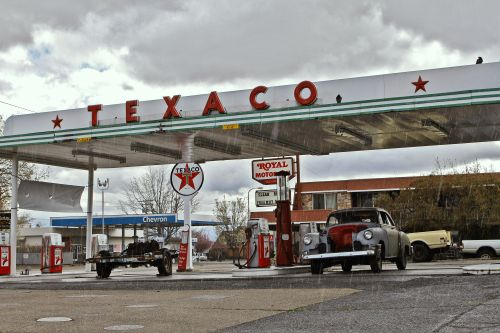 Gas Station (491)