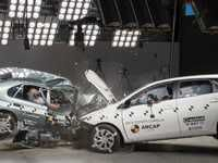 Crash-test:  Toyota Corolla 1998 vs 2015