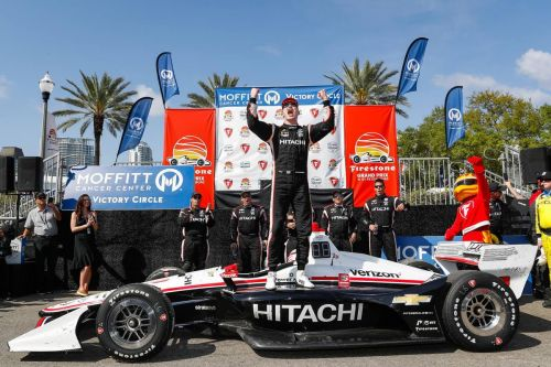 Newgarden cleans up in IndyCar series opener