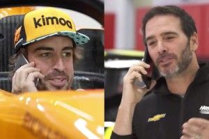 F1 - Echange de voitures entre Alonso et Johnson