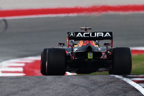 Red Bull unclear as to cause of Verstappen rear wing crack