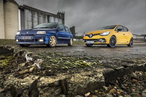 Renault Clio Williams vs Clio RS Trophy:  le match en 40 photos