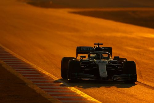 Hulkenberg ends first week of testing on top for Renault