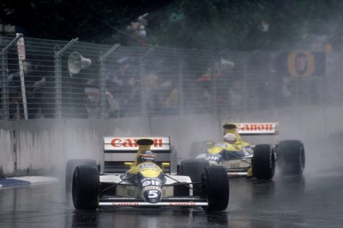 Thierry Boutsen defeats the elements in Adelaide