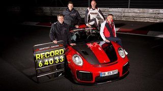 Porsche 911 GT2 RS MR:  record sur le Nürburgring