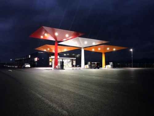 Gas Station (417)