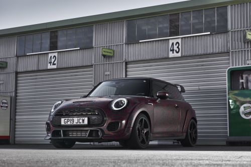 Mini John Cooper Works GP (2020) les photos officielles. camouflées