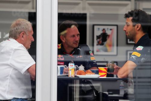 Cocky Ricciardo bet Marko €1,000 that Bottas was doomed!