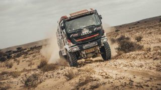 Africa Eco Race 2020:  Bouwens et Fromont bataillent