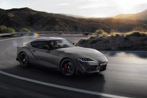 Toyota Supra (2019) vs BMW Z4:  1er match !