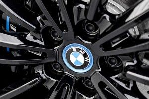 BMW:  on reparle d'une supercar