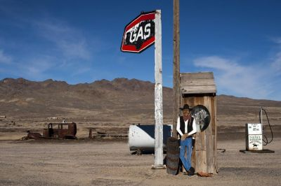 Gas Station (323)