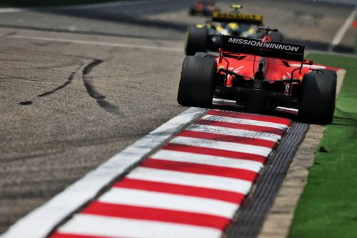 Binotto: No big speed advantage for Ferrari on straights