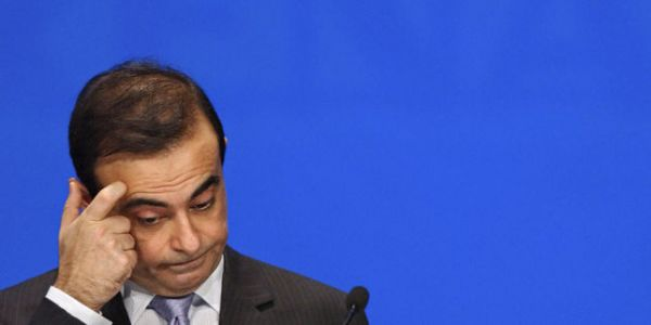 Achats immobiliers, donations. Carlos Ghosn utilisait Nissan pour choyer ses proches