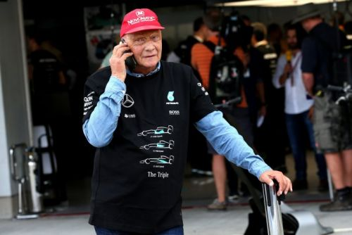 Doctors explain why Lauda was 'days away from death'