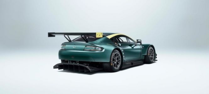 Aston Martin Racing propose la 'Vantage Legacy Collection'