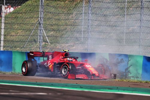 Sainz 'puzzled' by Q2 crash - suspects gusty tailwind