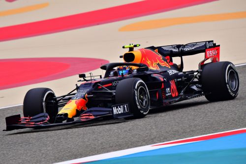Albon vows to be 'a thorn in Mercedes backside'