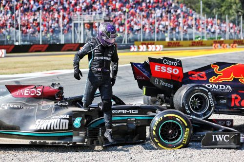 Hamilton likely to visit 'specialist' ahead of Russian GP