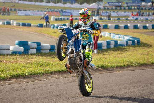 Supermotard:  Thomas Chareyre champion de France