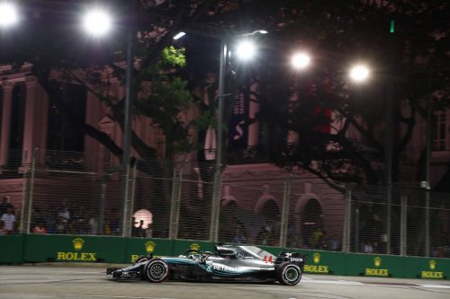 Singapour - Qualifications:  Magistral Hamilton !