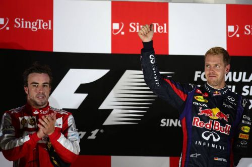 2013: Vettel jeered by crowd after Singapore win