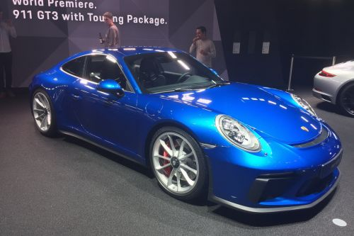 Porsche 911 GT3 Touring Package:  déjà collector ?