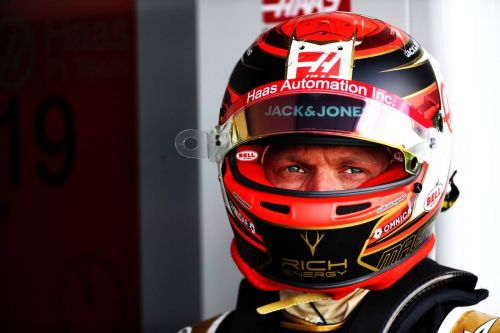 Magnussen wary of Baku but still hopeful for points