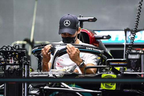 Wolff says 'not great' Hamilton struggling with COVID-19