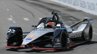 Formule E - New York Course 1:  Buemi gagne, Vergne se rate