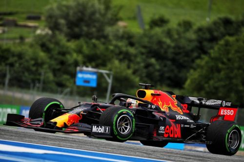 Mercedes' stealth fighters lead the way in first session of 2020
