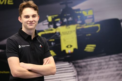 Renault hands juniors F1 test outing in Bahrain