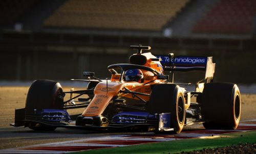 Sainz: McLaren 'has to be happy' with opening day of testing