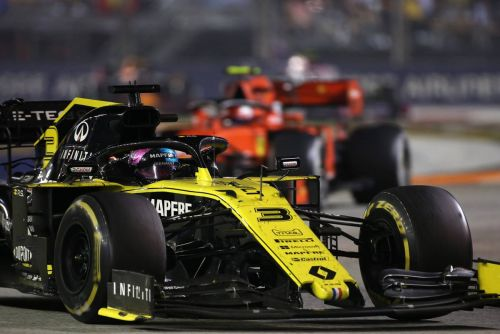 Angry Ricciardo felt 'disgraced' by Singapore stewards