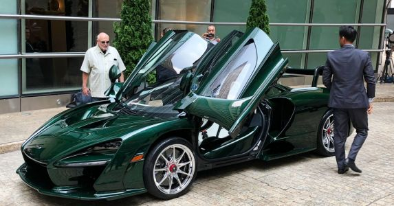 First McLaren Senna delivered to its lucky owner