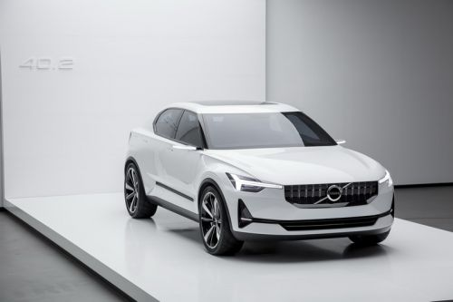 Polestar 2:  la Tesla Model 3 de Volvo officialisée !