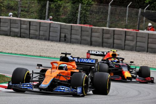 Ricciardo 'happier' after enduring 'good problems' in Spanish GP