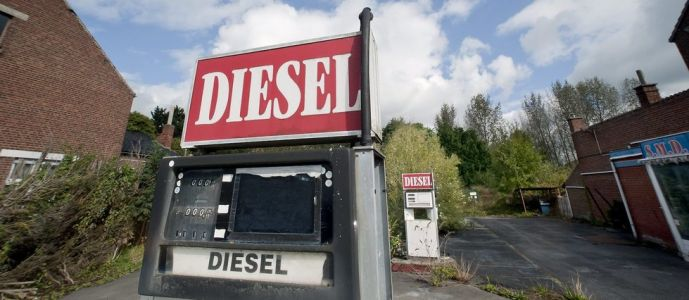 Automobile : la douloureuse conversion du diesel à l'essence