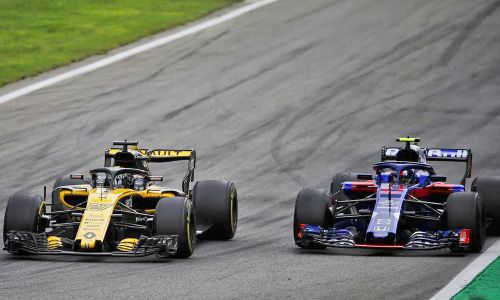 Abiteboul warns cost of F1 'could force out a manufacturer'