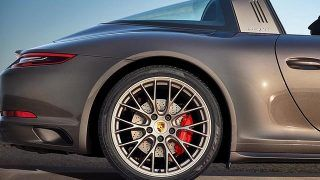 Porsche 911 Targa GTS Exclusive Manufaktur Edition